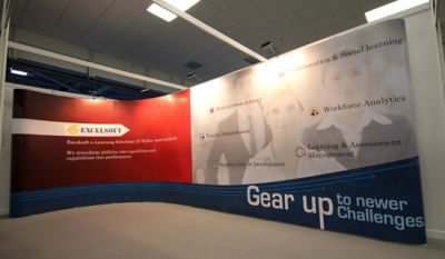 EXCELSOFT popup display by Aris Design